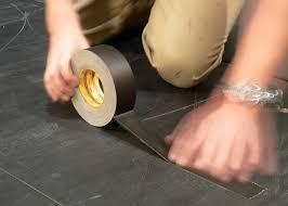 băng keo vải dùng để dán chân các đồ nội thất để tránh trầy xước sàn nhà