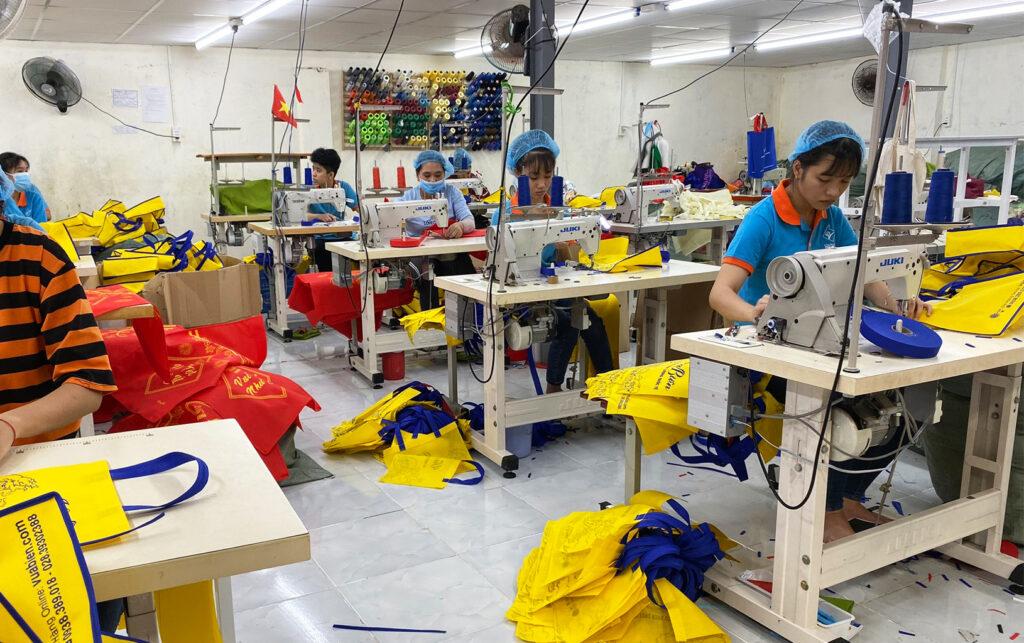 Chuyên may túi vải bố cao cấp tại Tp.HCM